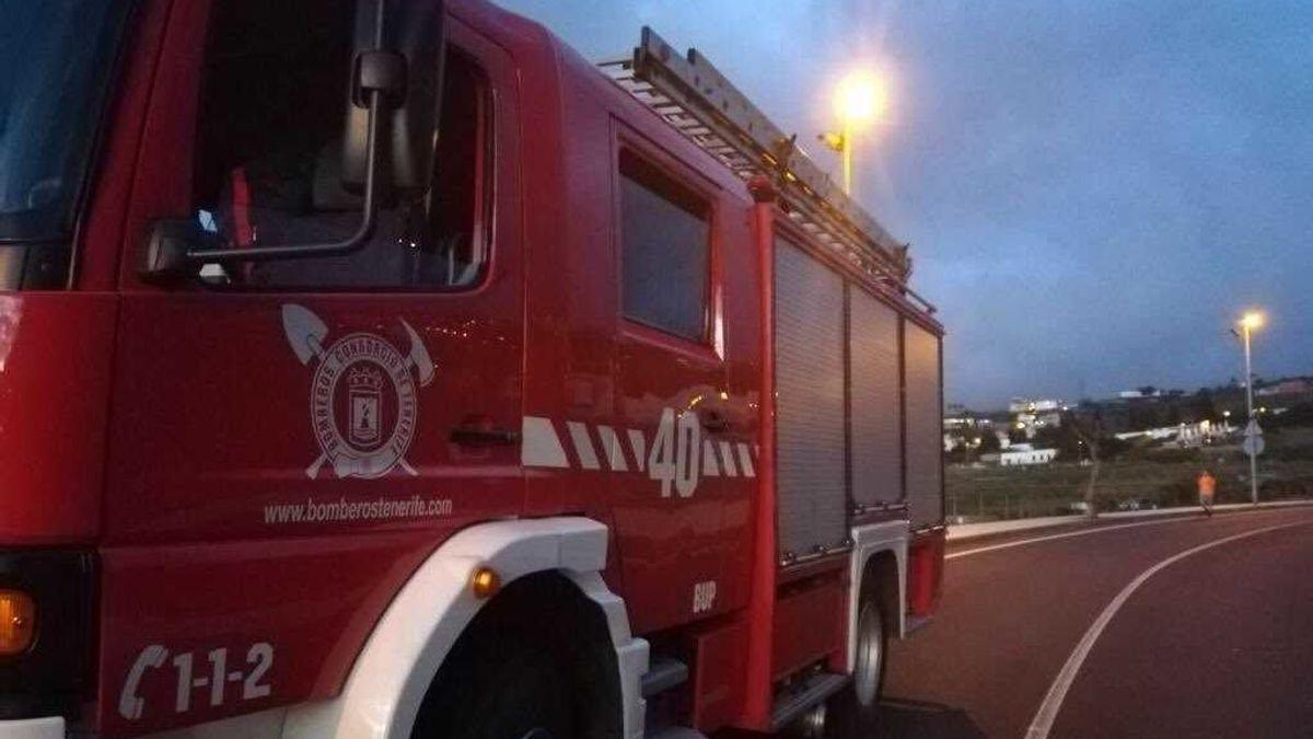 Los bomberos realizan más de 70 rescates en ascensores tras el apagón de Tenerife