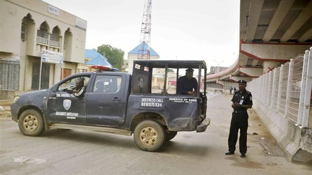 La Policía de Nigeria rescata a 19 embarazadas y cuatro niños en una operación contra el tráfico de recién nacidos