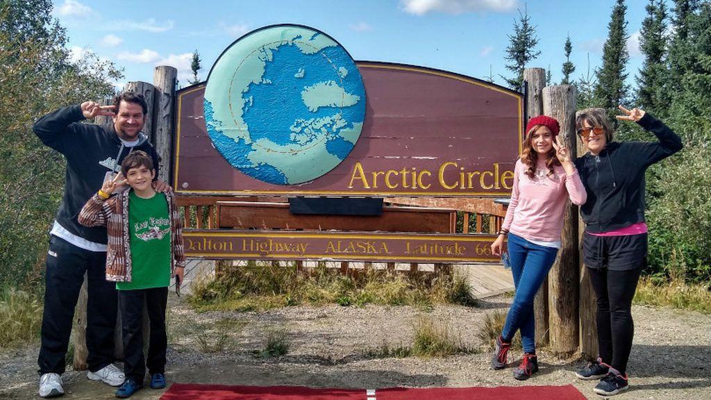 Javier, Nati, Carla y Alejandro en el Círculo Ártico