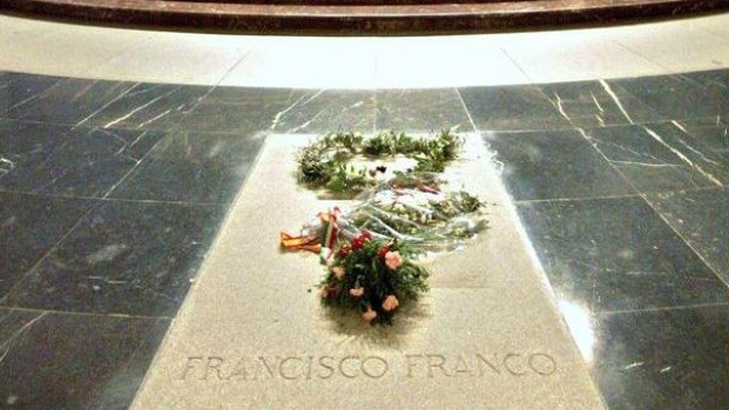 """El Supremo dice que """"no hace falta licencia municipal"""" para exhumar a Franco"""