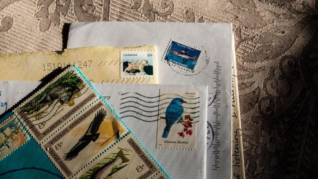 mail_postal_letter_envelope_paper_postage_card_postmark-1208282