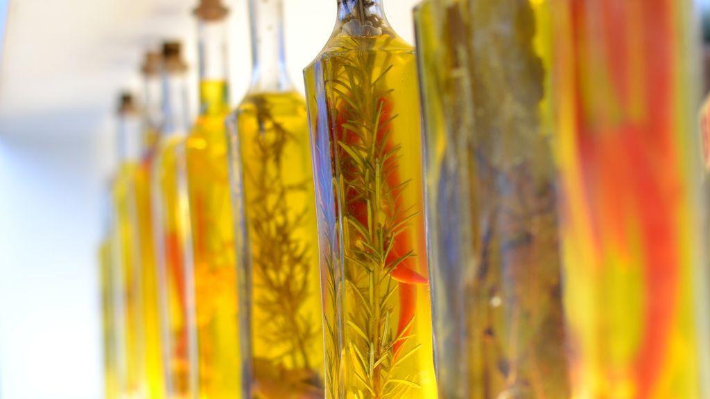 olive-oil-926827_1920