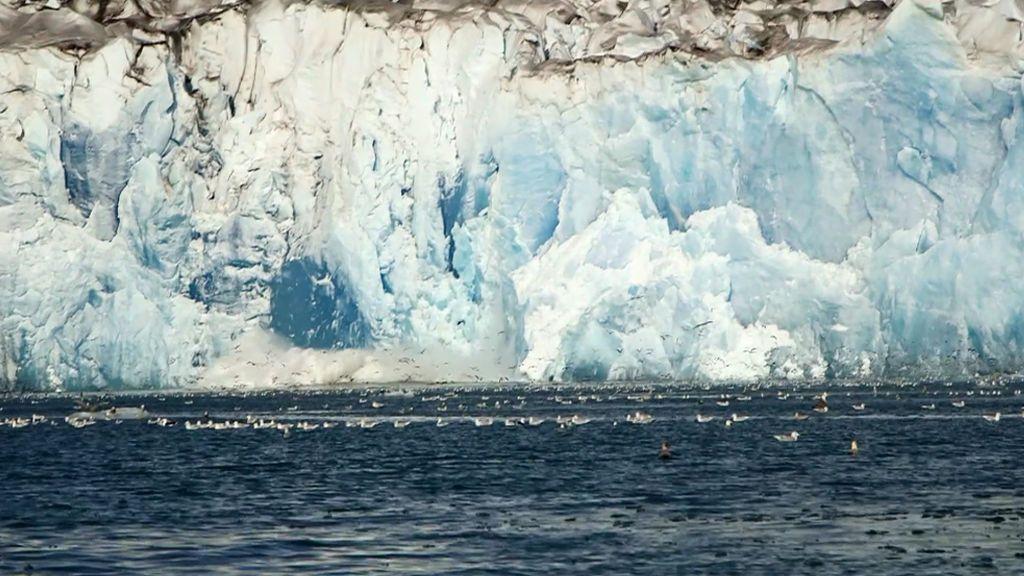 'En el punto de mira' asiste al desprendimiento de una parte de un glaciar de Groenlandia