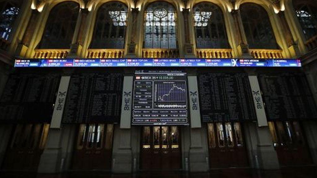 El Ibex-35 se hunde un 2,77% por los malos datos económicos y pierde los 9.000 puntos