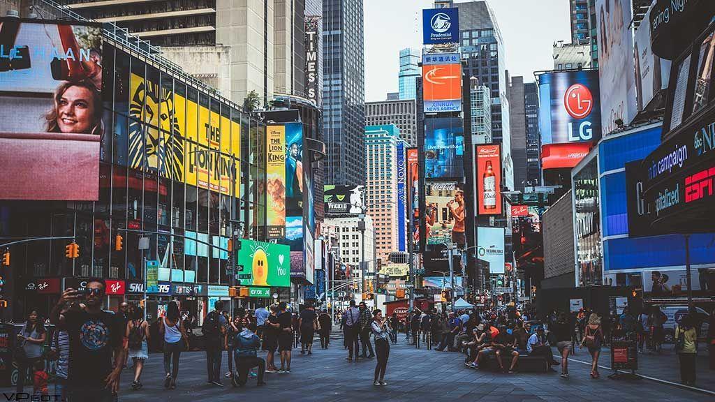 Vuelve la industria del sexo a Times Square (o al menos de momento)