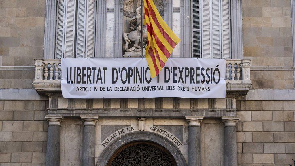 Torra, el rebelde de la pancarta: tiene hasta el viernes a las 15:00 para quitar la última