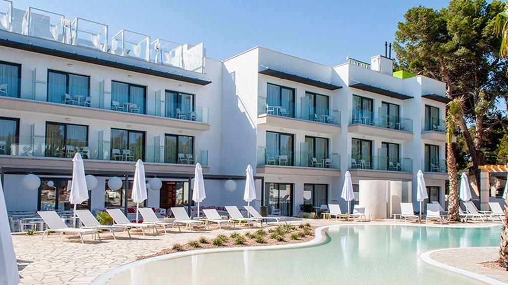 """Hotel solo para mujeres en Mallorca, pensado para que no haya """"un machote"""" que """"desde la barra les eche el ojo"""""""