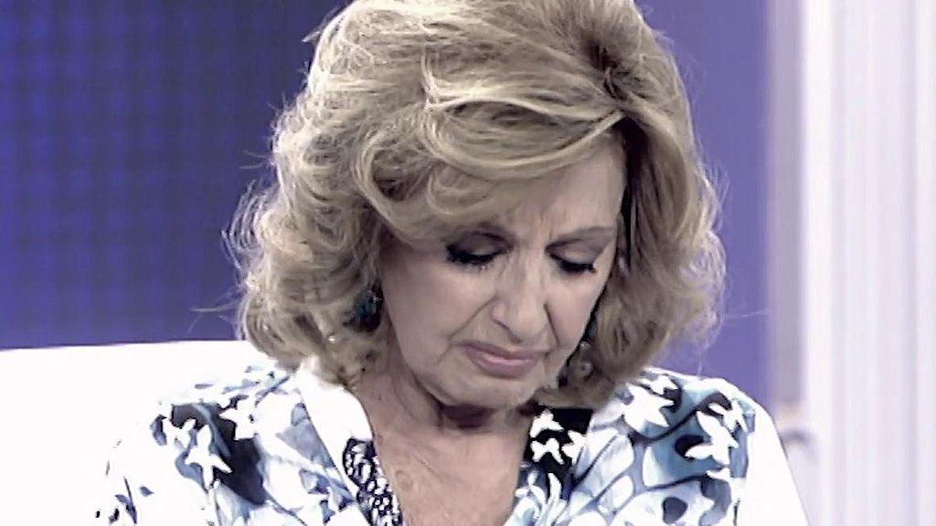 María Teresa Campos con el agua el cuello