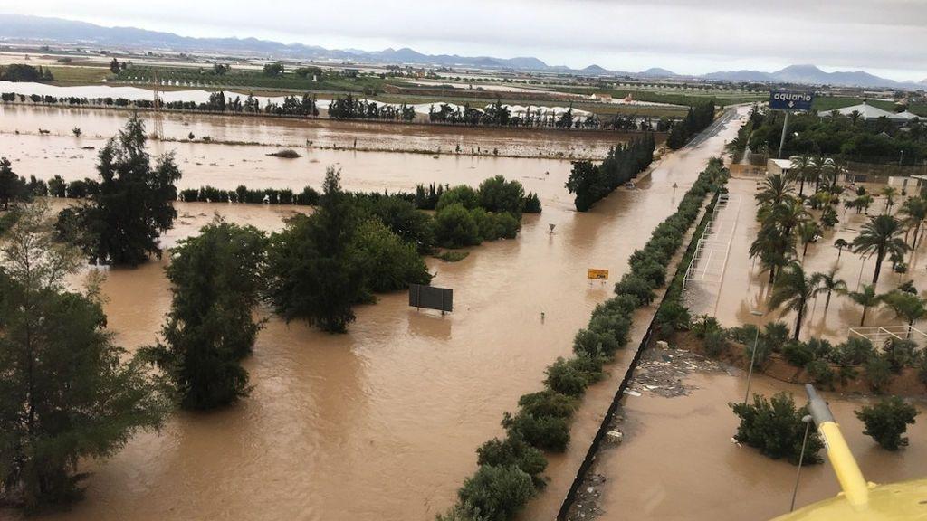 Los Reyes visitan la zona cero de las inundaciones por la DANA