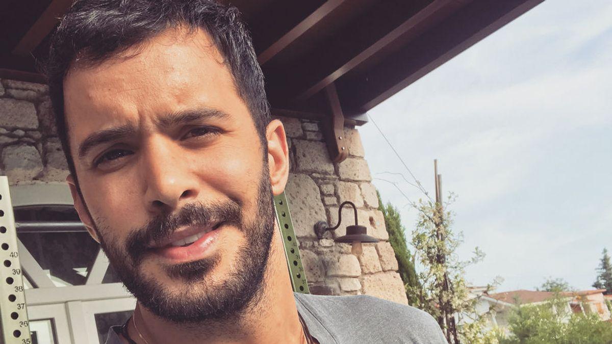 Miembro de un club de lucha, fan de Marlon Brandon y solidario: Descubrimos a Barış Arduç, el protagonista de 'Te alquilo mi amor'