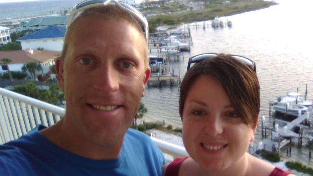 Foto de la pareja en el Facebook de Chris Bergan