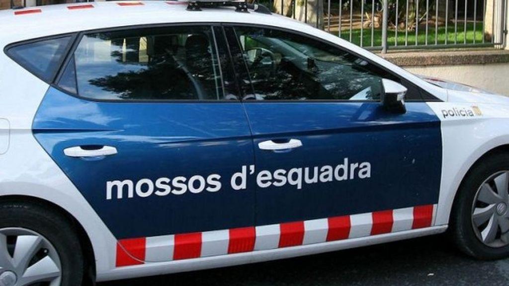 Un coche de los Mossos d'Esquadra atropella a una niña de 8 años en Reus, Tarragona