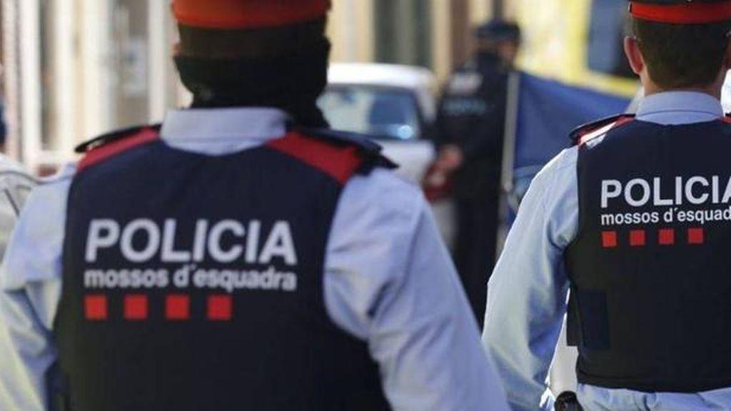 Detenido el cocinero de un restaurante de Barcelona por propiciarle 12 cuchilladas a un cliente