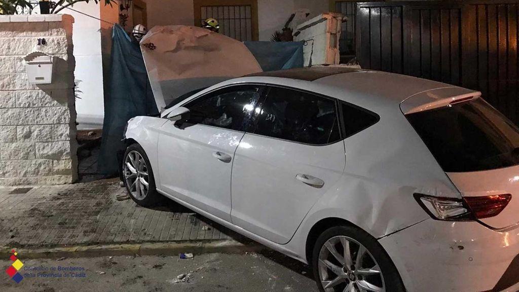 Muere atropellada junto a su perro por un vehículo que perdió el control en Cádiz