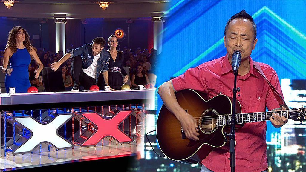 La leyenda del pop-rock, Cheng Min, provoca una guerra de pulsadores rojos y que Risto se vaya del teatro