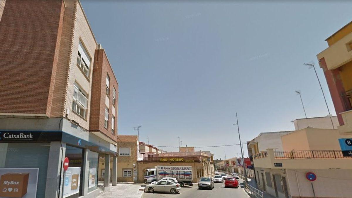 El acusado de asesinar a su expareja en Cartagena dice recordar solo una de las 50 puñaladas que dio
