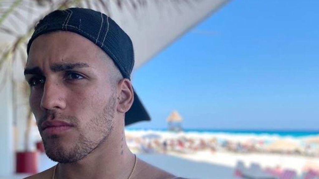 El futbolista argentino Ezequiel Esperón de 23 años, fallece tras caer de un sexto piso