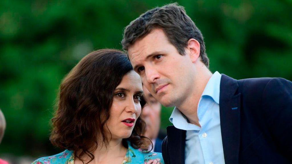 La rebaja fiscal anunciada por Madrid impulsa la campaña de Casado