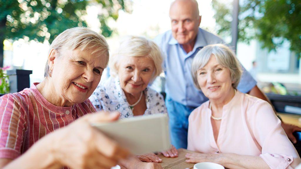 Cómo elegir la residencia ideal para tus padres