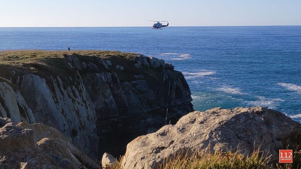 Herido un hombre al caer por los acantilados del Panteón del Inglés, Cantabria