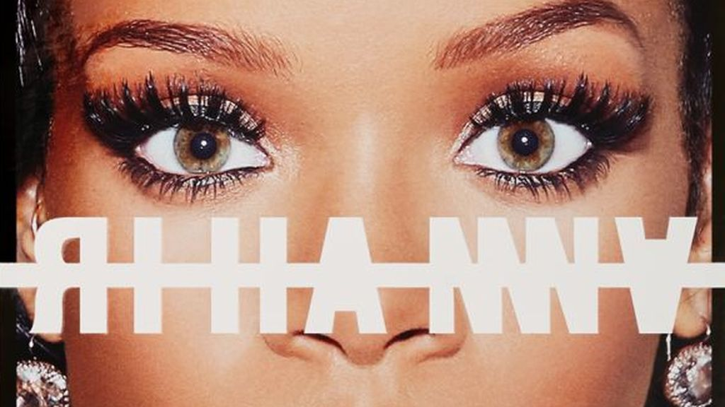 Flipa con la autobiografía de Rihanna: cuesta más de 100.000 euros, pesa siete kilos y ya está agotada