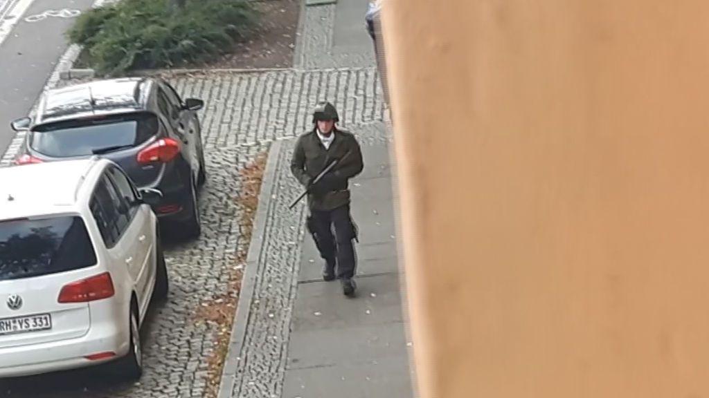 Al menos dos muertos en un tiroteo junto a una sinagoga en Alemania