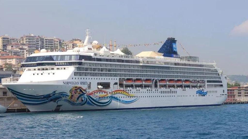 """Rebelión a bordo: un crucero se convierte en unas """"vacaciones en el infierno"""""""