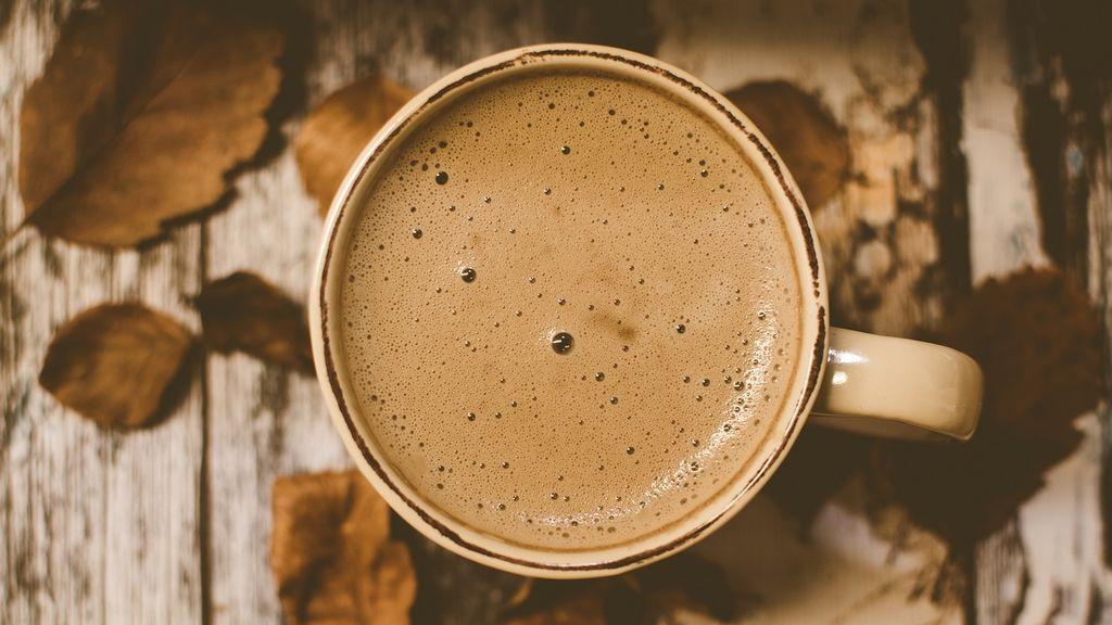 Beber café y no desvelarte: conoce la hora límite para que su consumo no afecte a tu sueño