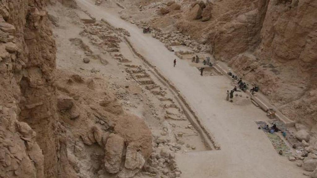 Desentierran dos momias del Valle de los Reyes en Egipto