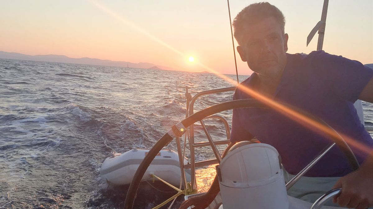 Largando amarras, el sueño cumplido de Roberto Arce de ser capitán de su propio barco
