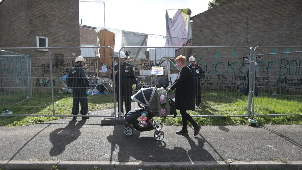 Reino Unido: dos semanas de baja paternal por 320 euros