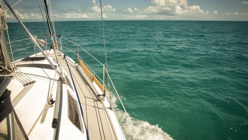 Largando Amarras: el periodista Roberto Arce cómo ha cumplido su sueño de navegar en un velero por el Mediterráneo