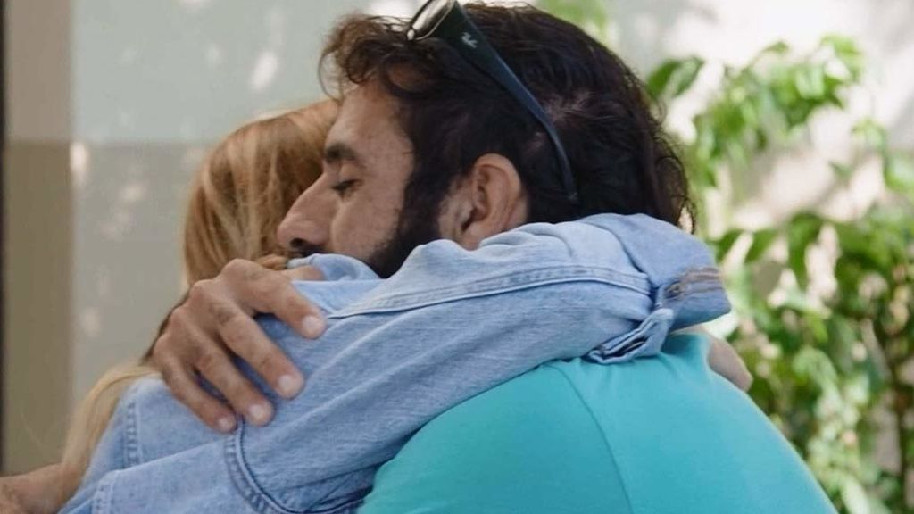 """Womanword ve a Miguel solo como un amigo: """"Has sido mi luz y te quiero mogollón"""""""