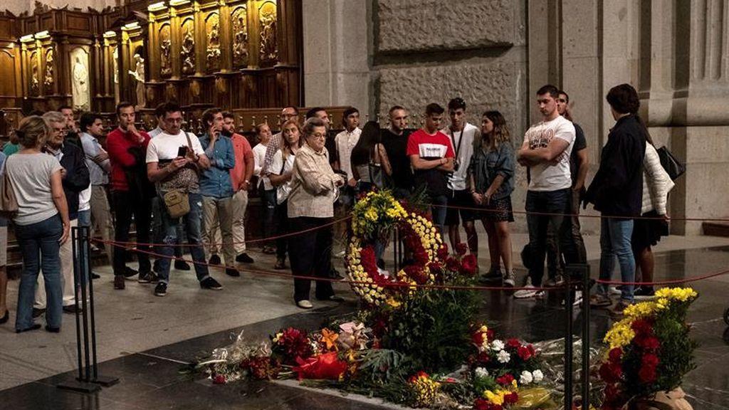 El Gobierno cierra el Valle de los Caídos para sacar a Franco antes del 25 de octubre