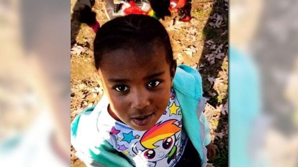 Buscan a una mujer por secuestrar a una niña de tres años en  Greensboro, Carolina del Norte