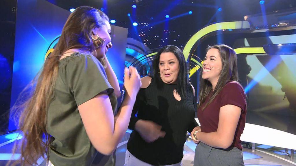 Tres hermanas se conocen por primera vez