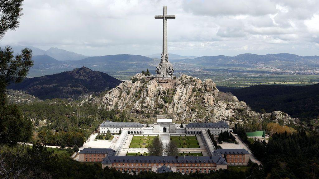"""El prior asegura que no opondrá """"resistencia violenta"""" para evitar la exhumación de Franco"""
