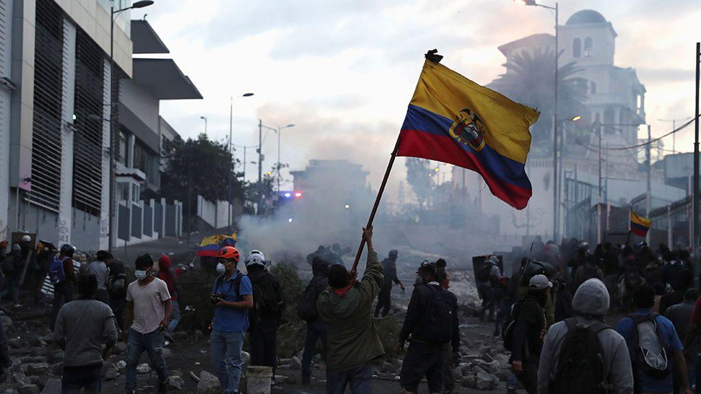Nuevo día de tensión en las calles de Quito