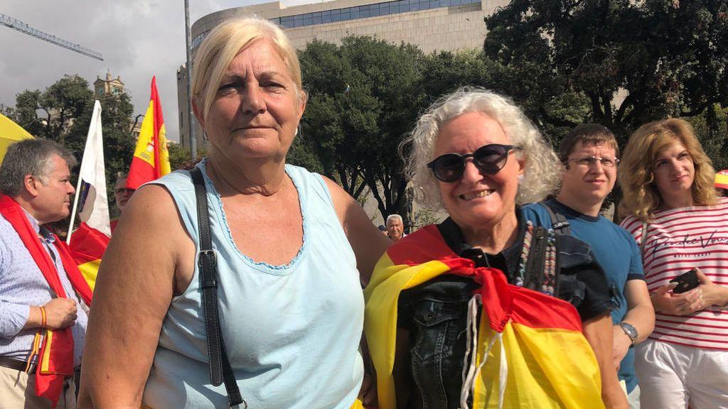 María Luisa Molina junto su amiga María Jesús