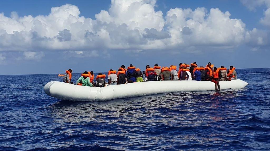 El Ocean Viking rescata a 176 migrantes durante las últimas horas en el Mediterráneo