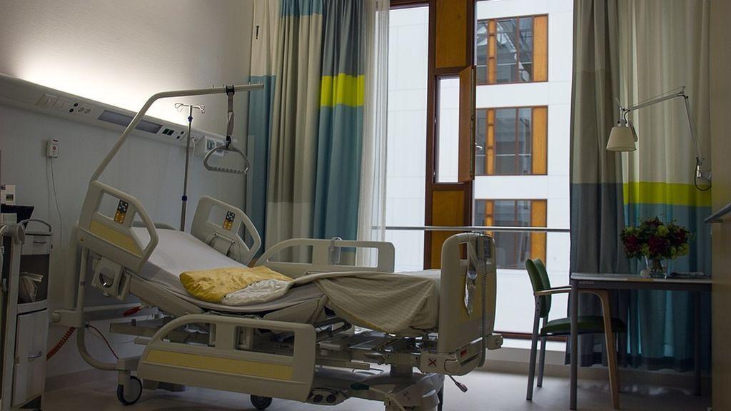 Condenan a una mujer a 6 años de prisión por someter a su hijo a 13 cirugías innecesarias