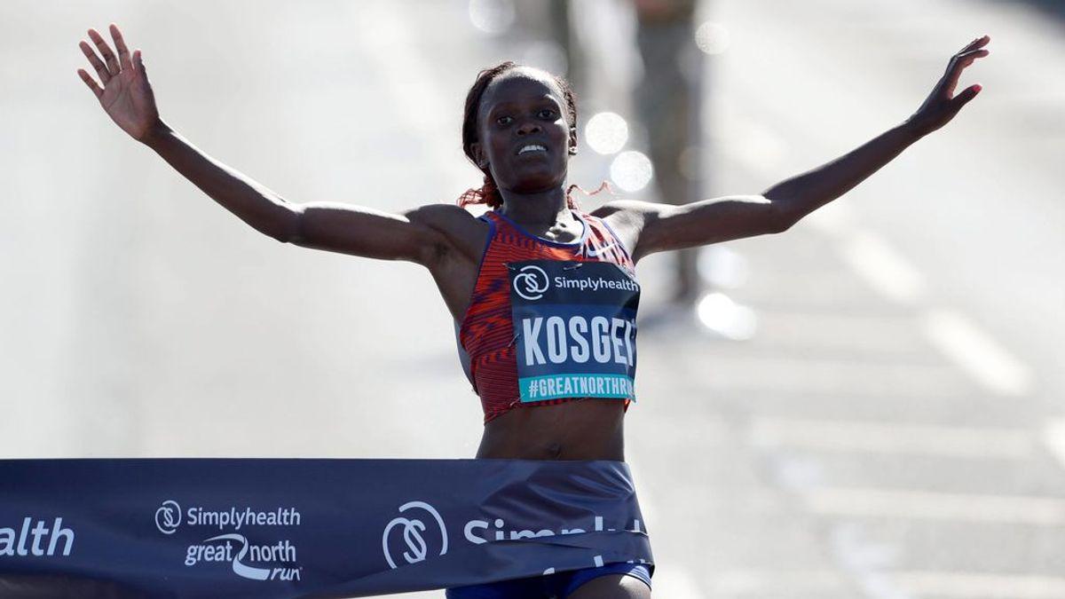 Brigid Kosgei bate el récord del mundo femenino de maratón en Chicago