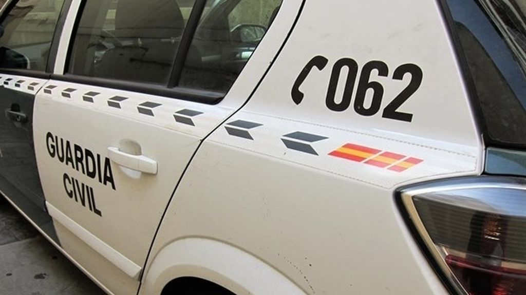 Detenido en Alicante por agredir a su mujer con una fusta tras no querer enseñarle sus mensajes de móvil