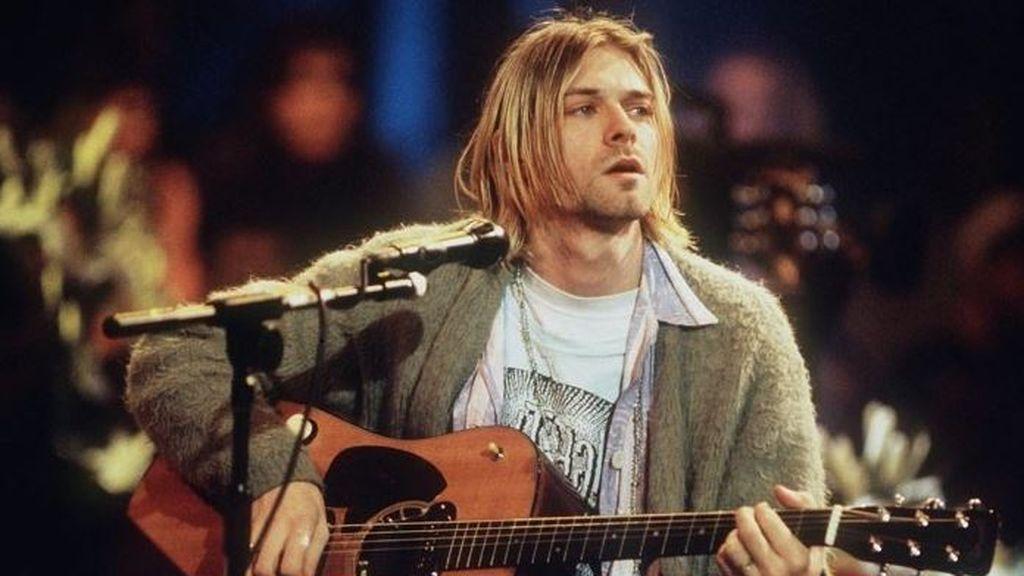 Sale a subasta la icónica chaqueta de Kurt Cobain en el 'MTV Unplugged'