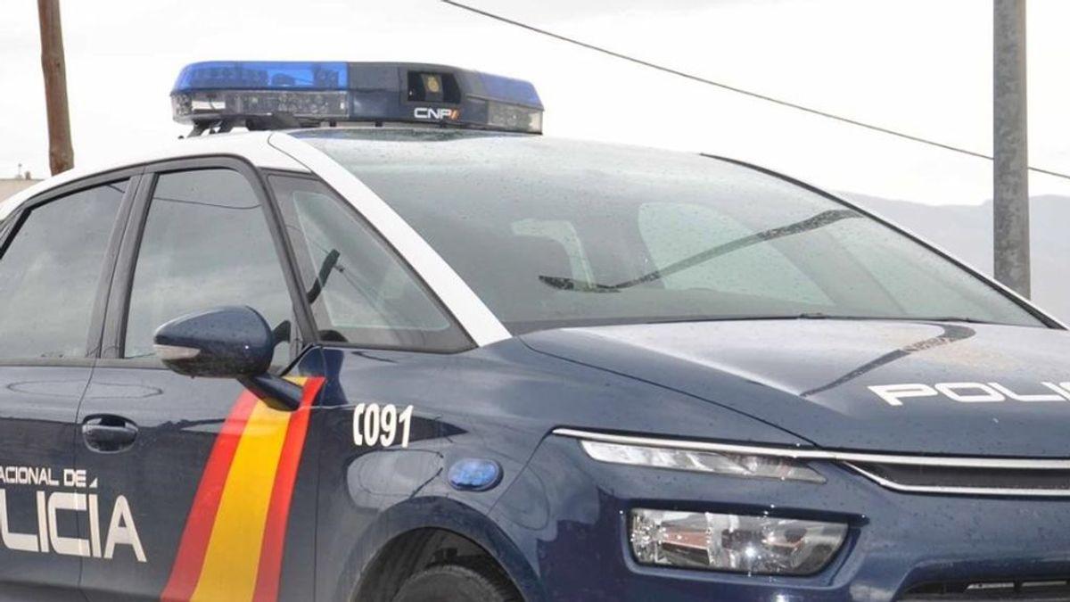 Detenido un joven de 28 años por dejar a su hija de cuatro años en el coche para irse de copas