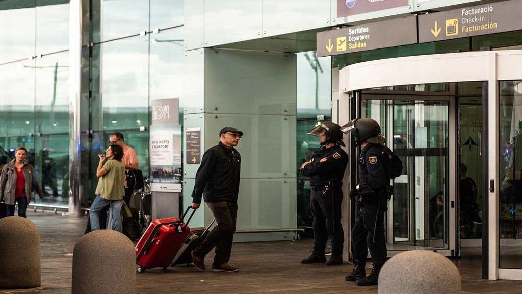 El aeropuerto de El Prat recupera la normalidad