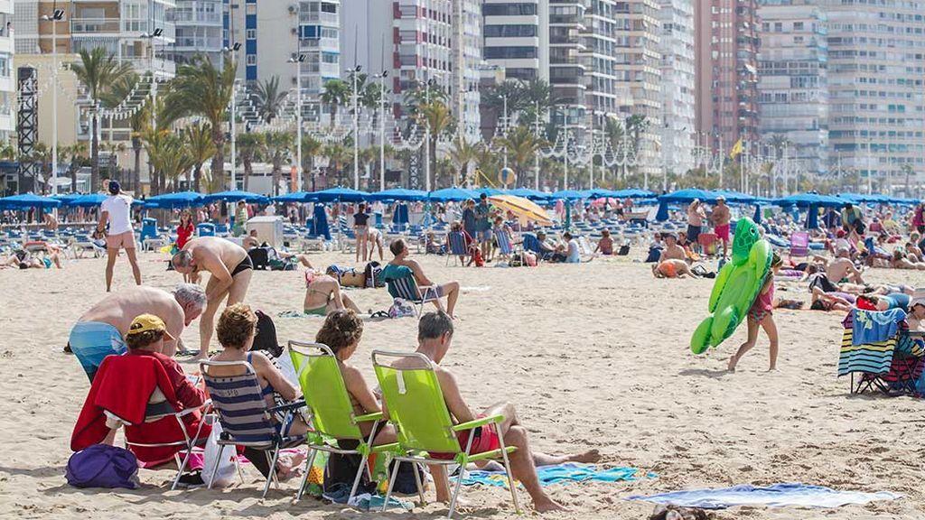 Un 'Brexit duro' causará pérdidas de 1.400 millones en el sector turístico en 2020