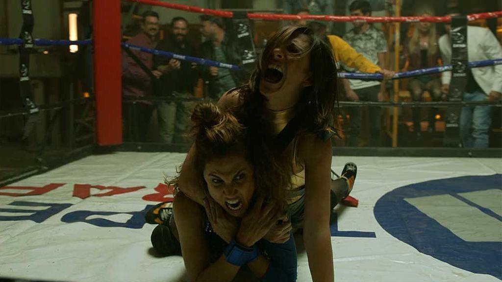 La pelea sangrienta de Mayte y Lourdes