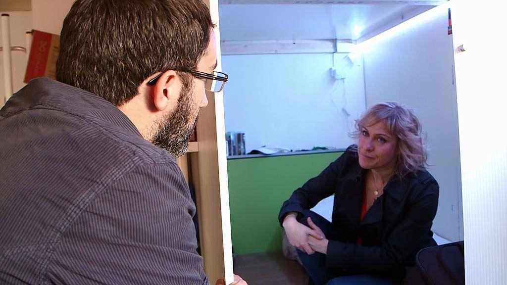 """Marc Olivé, empresario de pisos colmena: """"No, no es una vivienda digna"""""""