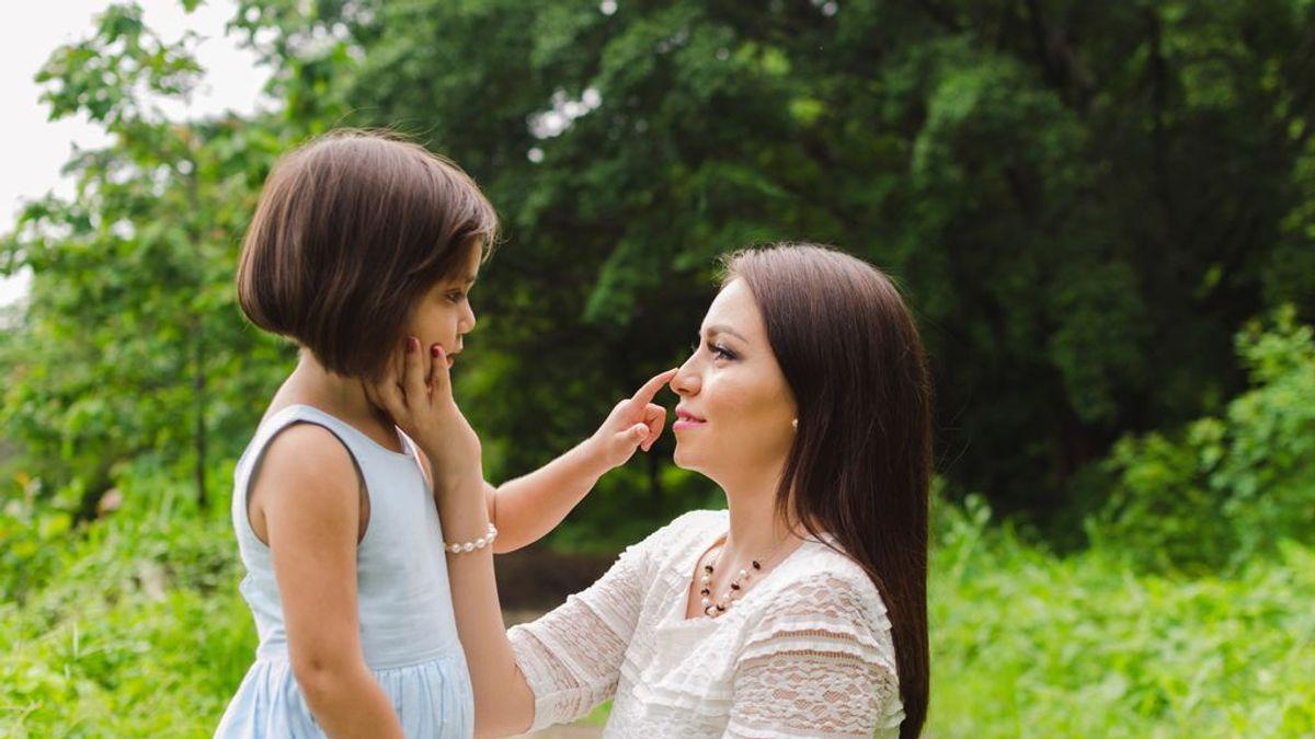 La actitud de los padres es fundamentar para que un niño supere la tartamudez